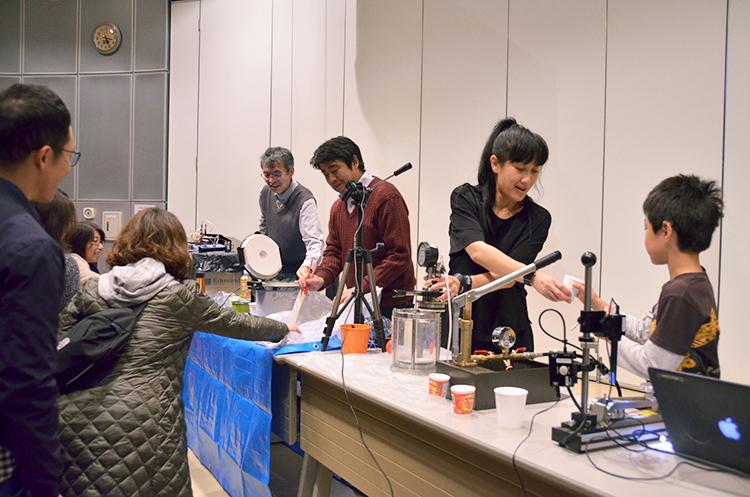 越谷市科学館ミラクル 日本工業大学おもしろ科学実験ショー2019_2.750jpg.jpg